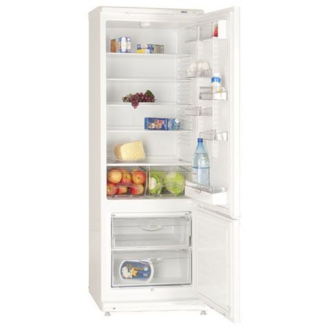 Холодильник ATLANT ХМ 4013-022 с продуктами