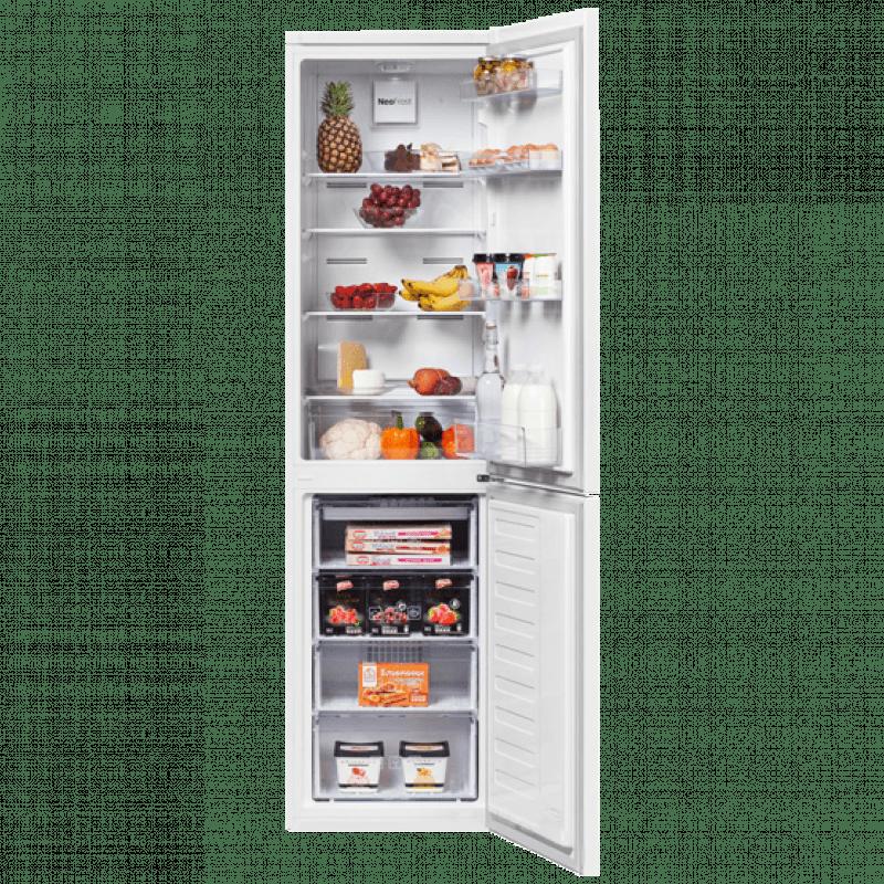 Холодильник BEKO RCNK 335K00W с открытой дверью